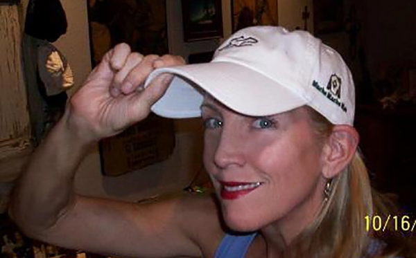 Kari-Lynn-Ward-with-MMM-Hat