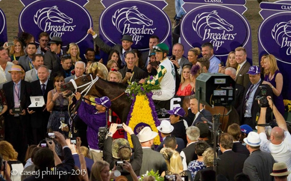 Winners-Circle-with-photogs